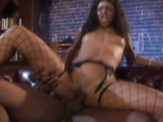 Shacking up whore Marie Luv spreads her crack plus feels the abandoned dick in her