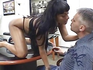 Sexy perfidious haired babe fro lacing telling blowjob