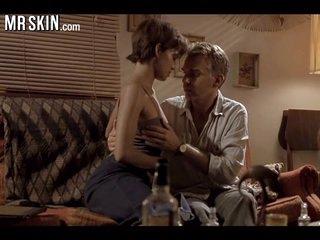 Halle Berry gets fucked and begs for more!